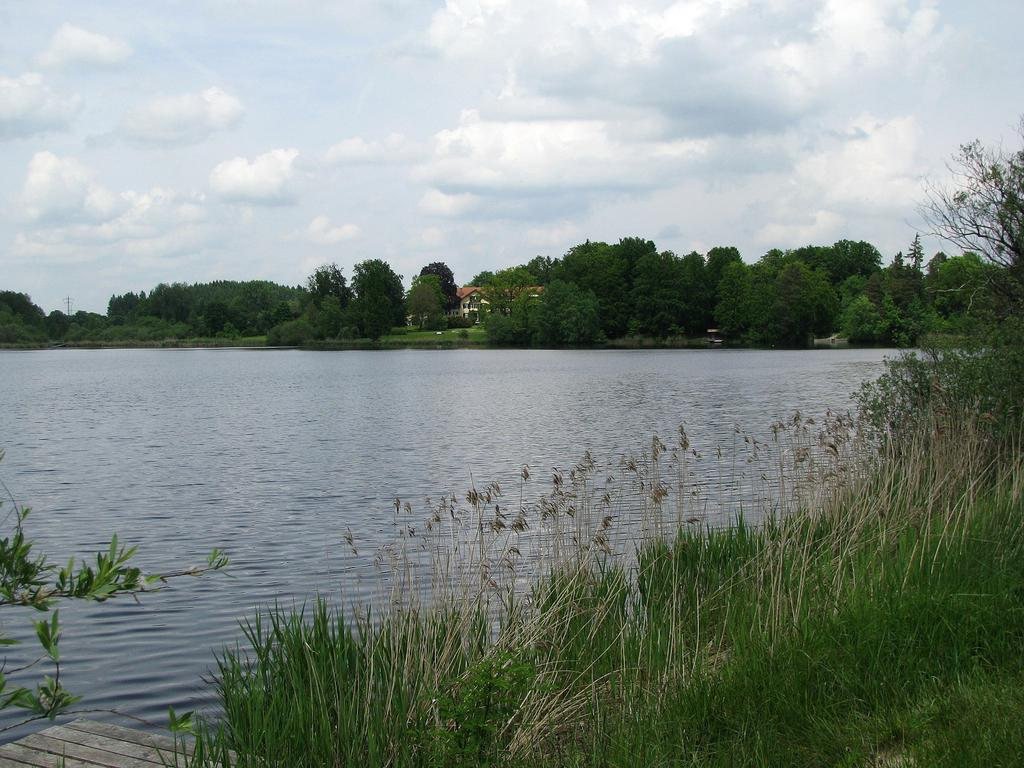 Blick auf den Deixlfurter See